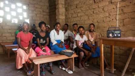 Radio-based learning in the DRC l © War Child Canada