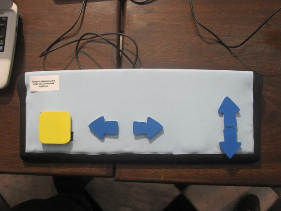 Alternative Keyboard for children with motoric disabilities presented on a table